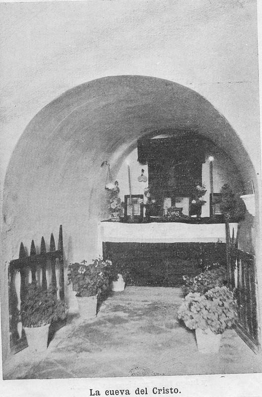 Cueva de la Ermita de la Bastida hacia 1925. Atribuida a Rodríguez o Santiago Camarasa