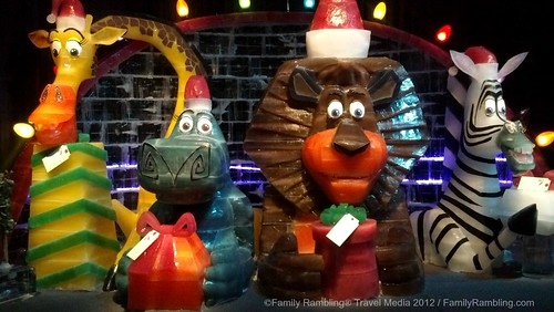 ICE Merry Madagascar Gaylord Texan