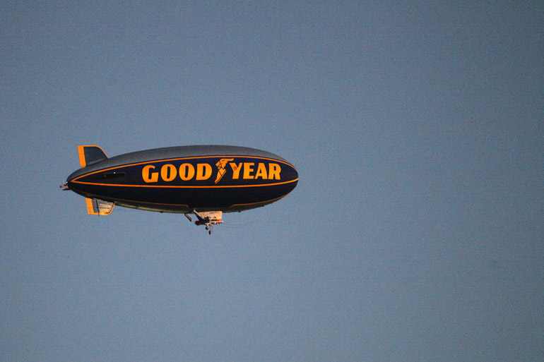 web_blimp_carrier_0009