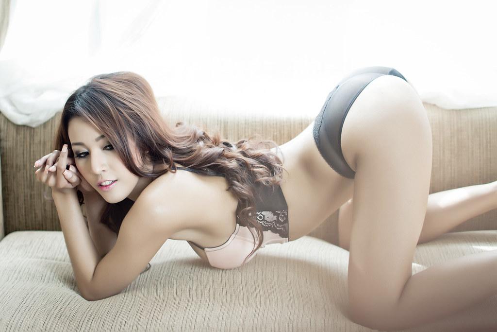 Girl over Thai ass bent