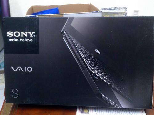 "Sony VAIO 13"" 筆電外盒"