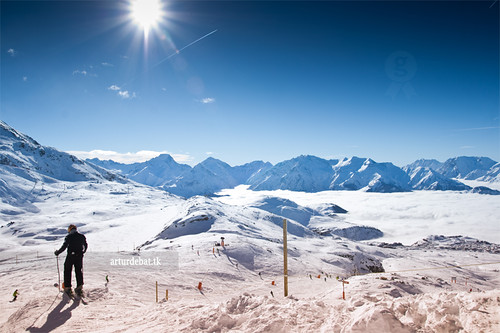 trip travel blue winter sky sun white mountain snow ski france alps beauty fog rural alpes wow town amazing nice holidays europa europe tour village superb top awesome great peak down route valley stunning viatge pow rider vacations impressive submit gettyimages alpedhuez boira vall freerider interetsing canonoes400d arturii arturdebattk