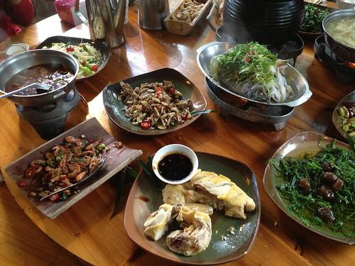 南投鹿谷.竹棧餐廳