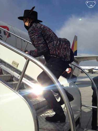 Big Bang - Harbin Airport - 22mar2015 - Tae Yang - StayWithYB - 0