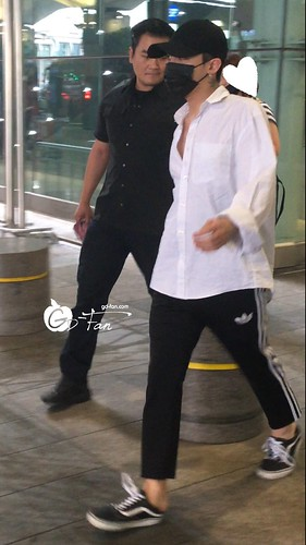 Big Bang - Incheon Airport - 24jun2016 - GD Fan - 04