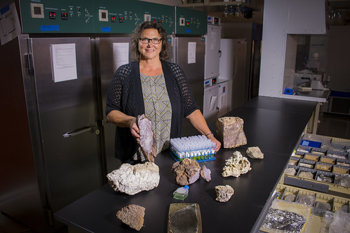 PNNL scientist joins the hunt for signs of ancient life on Mars