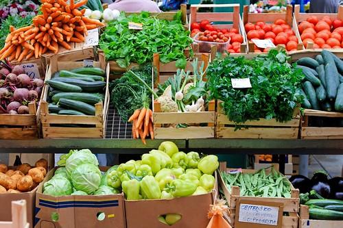42-farmers market crates