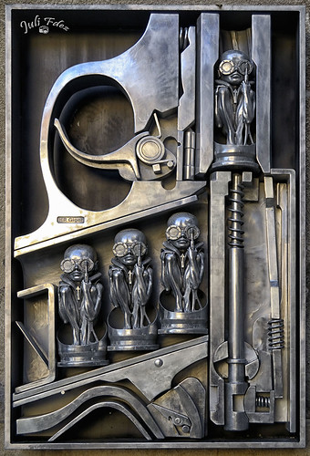 Birth Machine - Museo H.R. Giger -