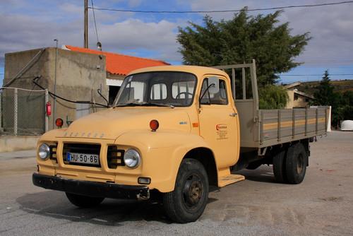 1977 Bedford TJ610 dropsider................lovely!