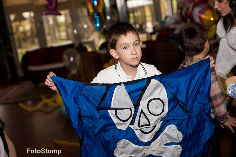 Фоторепортаж с детского дня рождения в ресторане Озон. Фотограф Ирина Марьенко