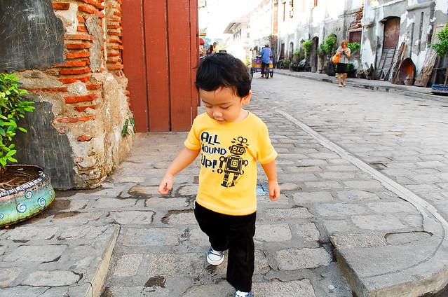 strolling vigan