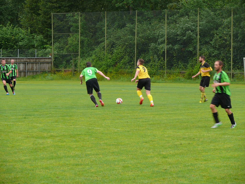 Legendenspiel: Housi-Allstars vs. Senioren 30+ 02.07.2016