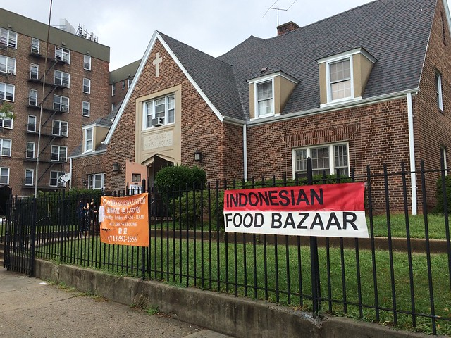 土, 2016-08-20 12:25 - Indonesian Food Bazaar @ St. James Episcopal Church, Elmhurst