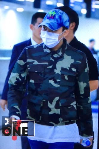 BIGBANG wout Seungri departure Seoul to Tokyo 2016-08-26 (56)