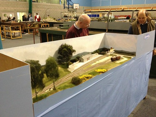 Fellow Grampian S4 Modellers set up Claterinbrigg, whilst yours truly does the hard work and takes the pretty picture!