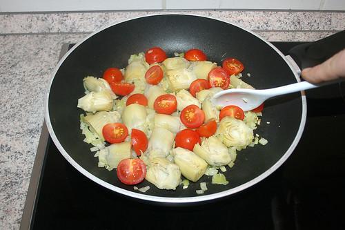 27 - Tomaten dazu geben / Add tomatoes