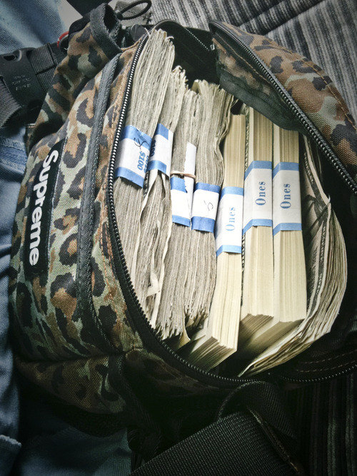 Tuukka13 - Non-Black Backpack Inspiration - Supreme Leopard Camo Money Stash