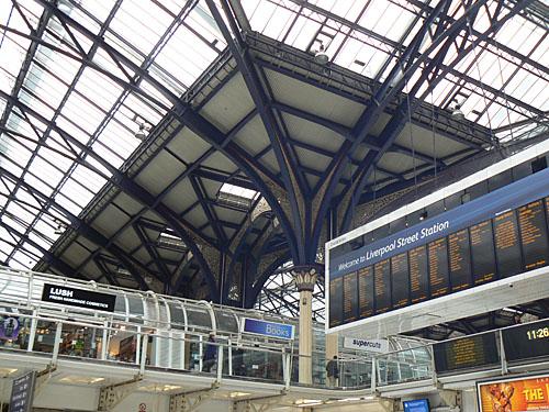 liverpool street station 2.jpg