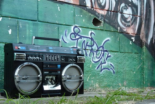 Ghettoblaster Unisef at Basketball Playground