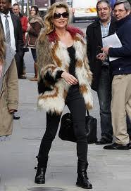 Kate Moss Bright Fur Trend Celebrity Style Women's Fashion