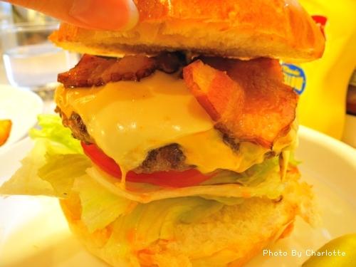 雙味乳酪起司漢堡