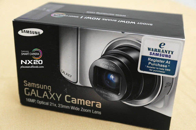 samsung galaxy camera box