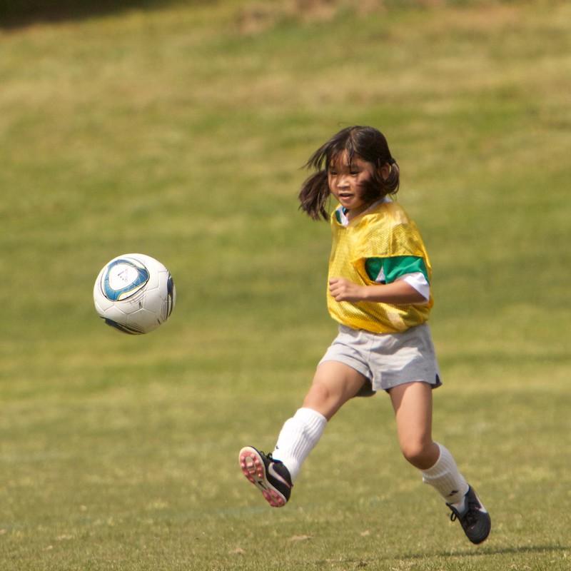 2012-05-soccer-387