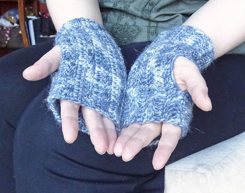 Grey Mitts 02