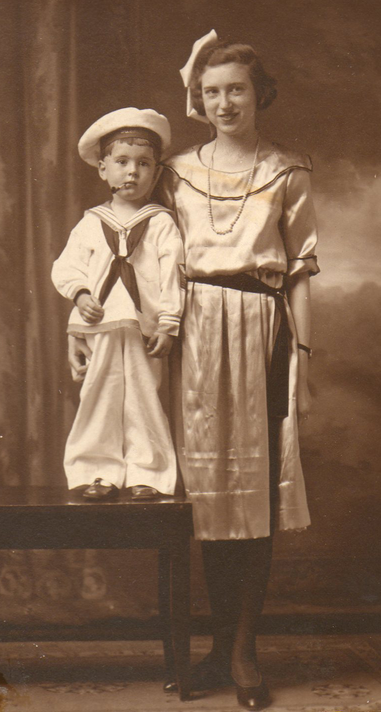 John Oscar Ellis and Ina Lee Ellis c. 1923