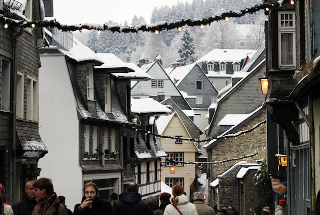 Monschau Christmas old town2