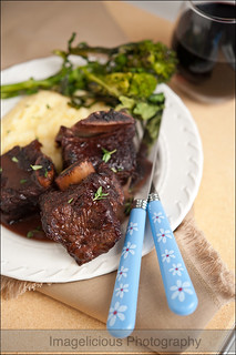 Cranberry-Wine Braised Beef Short Ribs