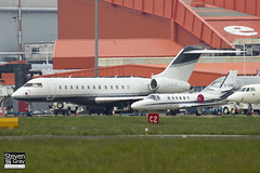 M-GLOB - 9413 - Private - Bombardier BD-700-1A10 Global Express - Luton - 120518 - Steven Gray - IMG_1702