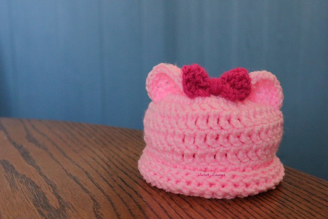 Little-bow-cute hat...
