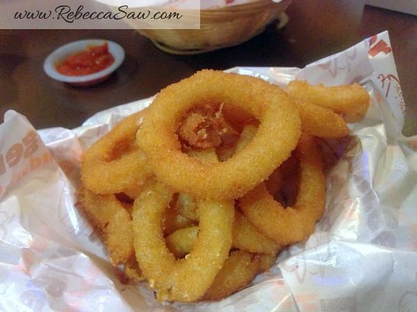 Burger Junkyard 2-015