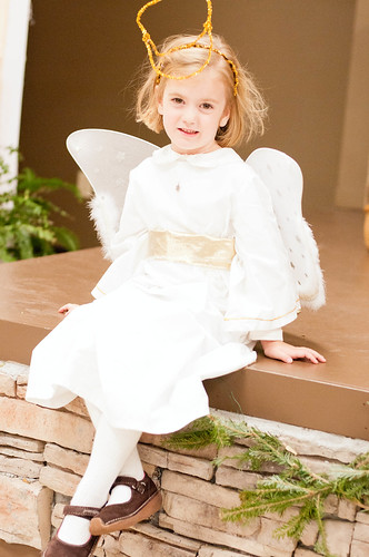 december 16. christmas play angel_0008