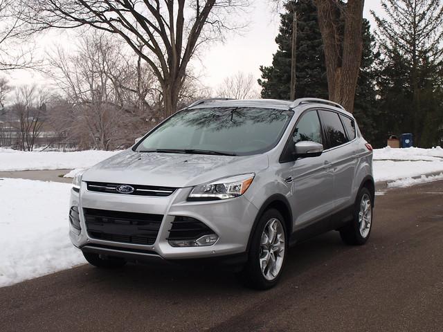 2013 Ford Escape Titanium 4WD 3
