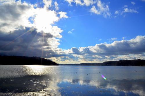 sea water birds clouds december bluesky breeze 2012 irondequoit irondequoitbay 5daysbeforechristmasmassacre