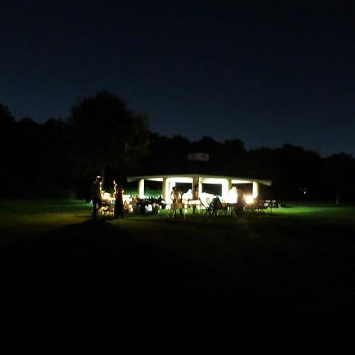若洲公園キャンプ場の夜は更けていく。 #東京湾岸燻製ナイト