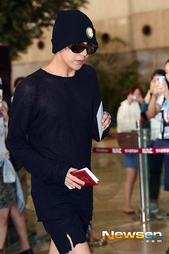 GDragon-Gimpo-Airport-to-Tokyo-20140828(100)
