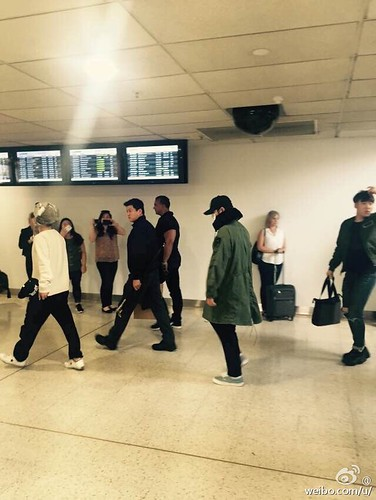BIGBANG arrival Melbourne 2015-10-20 by vavaQQ (2)