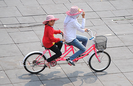 Ojek Sepeda Kota Tua Jakarta