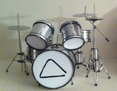 drummer(0.0), electronic drum(0.0), timbales(0.0), electronic instrument(0.0), tom-tom drum(1.0), percussion(1.0), bass drum(1.0), timbale(1.0), snare drum(1.0), drums(1.0), drum(1.0), skin-head percussion instrument(1.0),