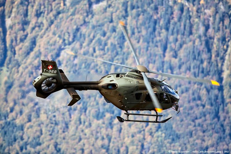 """Swiss AF Eurocopter EC635 descending for more """"VIPs"""""""