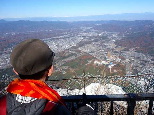 山頂から見渡すオレ