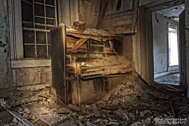 always an old piano