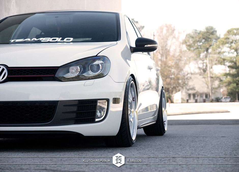 white vw mkiv mk6 volkswagen golf gti 4door 4dr 2.0t klutch sl14 18inch 8.5 9.5 3pc wheels static airride low slammed coilovers stance stanced hellaflush poke tuck negative postive camber fitment fitted tire stretch laid out hard parked seen on klutch republik