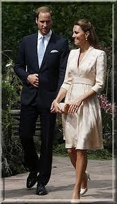 Duchess of Cambridge Kate Middleton Orient Trend Celebrity Style Women's Fashion