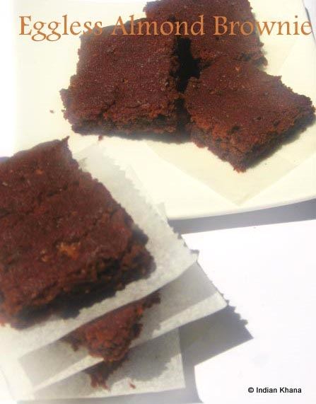 Eggless Almond Brownie