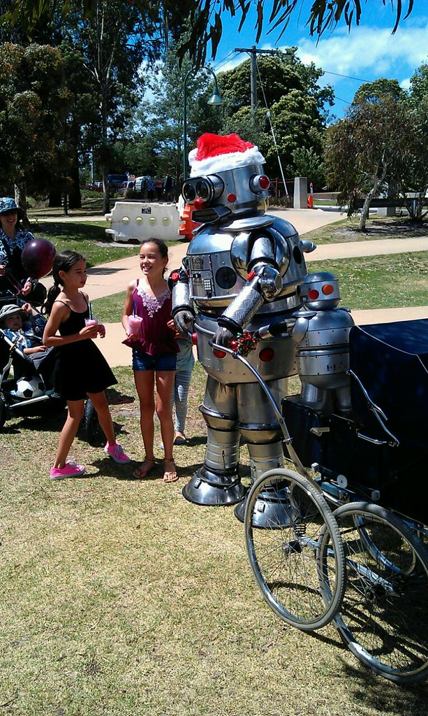 Favourite things from Carols In The Park at Bentleigh today: the Mexican food stall and Tubby The Robot
