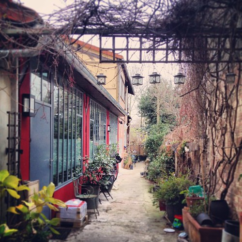 Secret gardens in Montreuil by la casa a pois